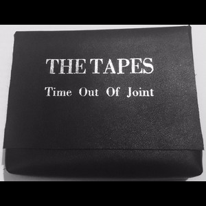 Cover THE TAPES